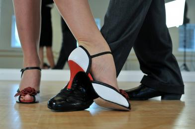Zabawa taneczna dla słuchaczy UTW i nie tylko