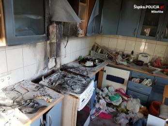 Łaziska Górne: mężczyzna i zwierzę uratowani z pożaru