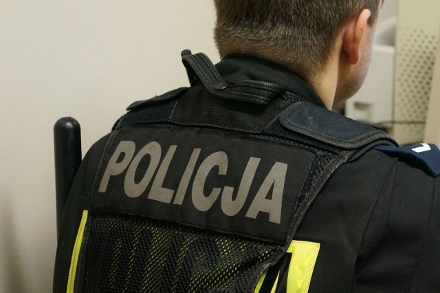 Mężczyzna groził wysadzeniem i pogryzł policjanta - 34-letni agresor trafił już do aresztu