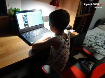 Rodzicu, czy wiesz co Twoje dziecko robi w sieci?